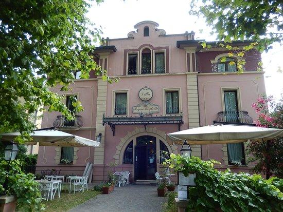 Hotel Roma Viale Regina Margherita