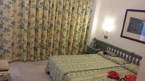 FERGUS Style Pollensa Park SPA: bedroom