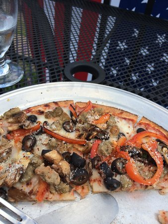 Harbor House Grille: Gluten Free Pizza