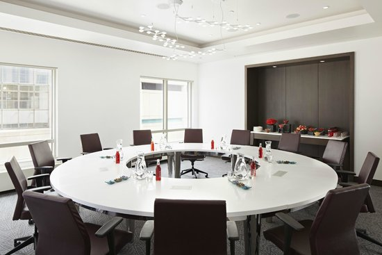 Radisson Blu Minneapolis Downtown: Board Room