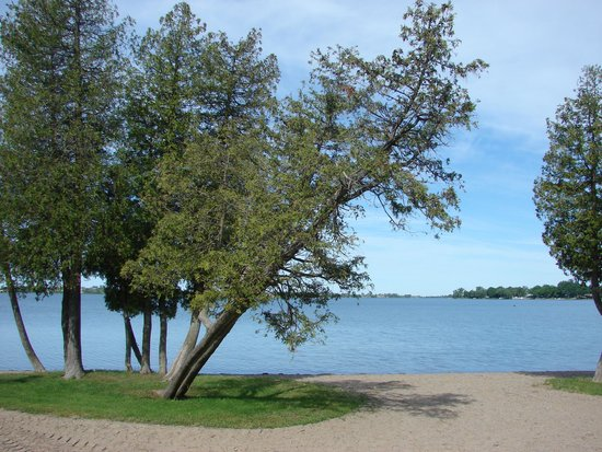Isaiah Tubbs Resort: Beautiful view of Lake Ontario