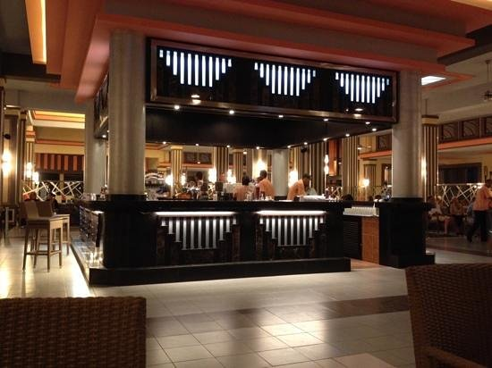 Hotel Riu Touareg : de hoofdbar