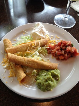 Just Tacos Mexican Grill & Cantina: Lunch