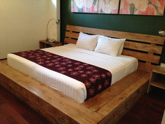 The Seiryu Villas : Huge Bed