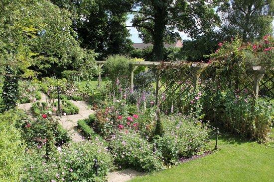 Beechwood Hotel: Secret Garden
