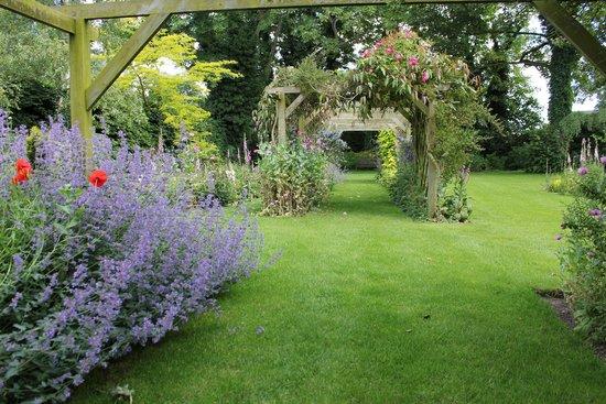 Beechwood Hotel: Garden
