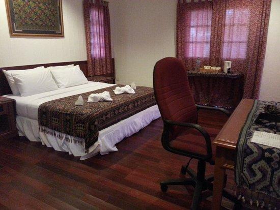 Borneo Divers Mabul Island Resort : our room