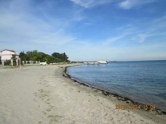 Yeniciftlik, ตุรกี: another view of the beach