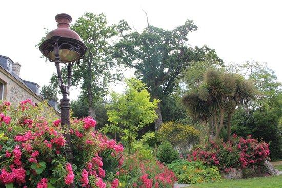 Chateaux du Val - Domaine du Val : Jardin