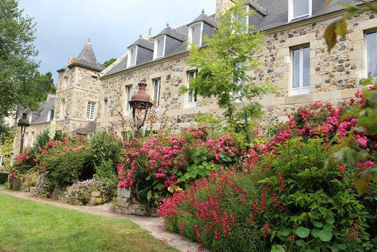 Chateaux du Val - Domaine du Val : Aile laterale