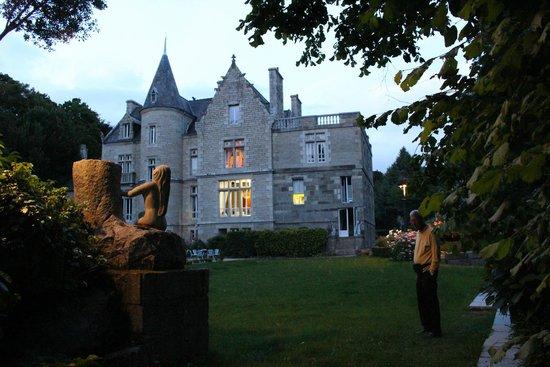Chateaux du Val - Domaine du Val: Château