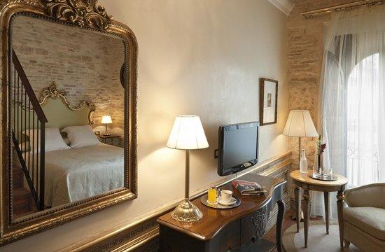 Hotel Casa 1800 Sevilla : Habitación Deluxe con terraza y jacuzzi