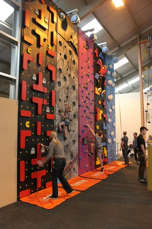 ready2climb Adventure Zone: Lots of wall to try