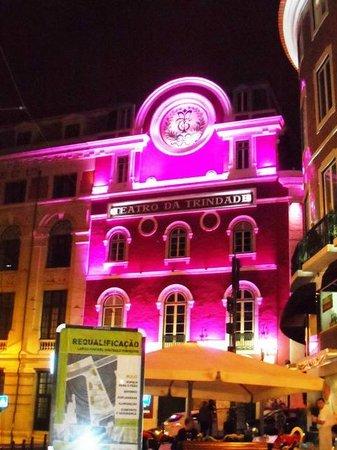 Bairro Alto : Teatro da Trinidad by Night