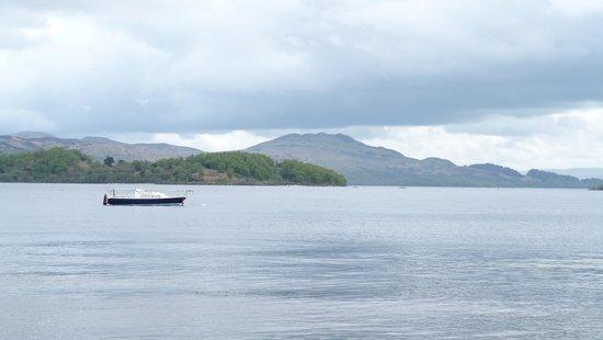 Lodge on Loch Lomond : Views over the Loch. Stunning!