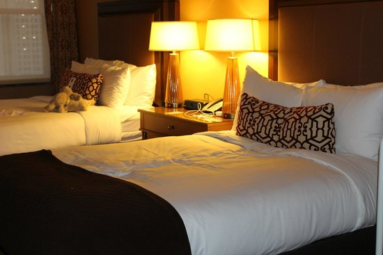 InterContinental Chicago Magnificent Mile: double beds