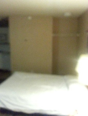 Crossland Denver - Airport - Aurora : no blanket no spread on one of beds , mgr said out of them