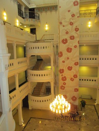 Wyndham Istanbul Old City Hotel : Inner atrium