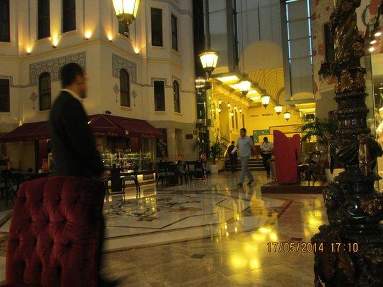 Wyndham Istanbul Old City Hotel: Main lobby
