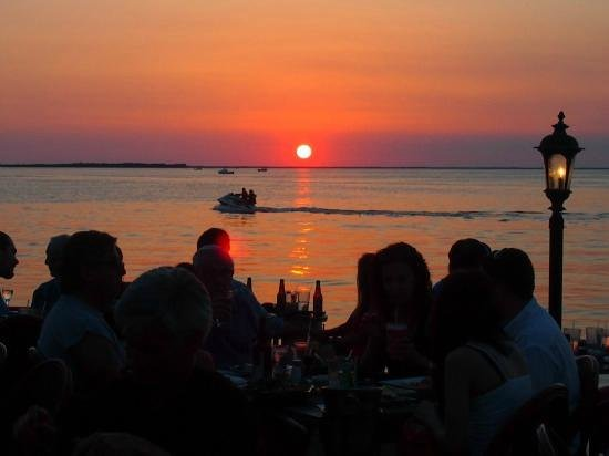 Sunset dinner at Sundowners Key Largo. Photo by World Travel Family