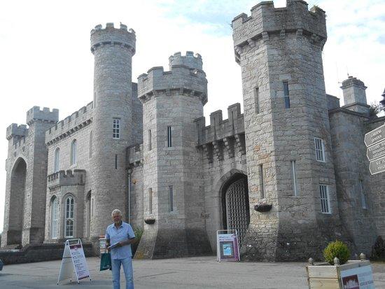 Warner Leisure Hotels Bodelwyddan Castle Historic Hotel : Around the Castle