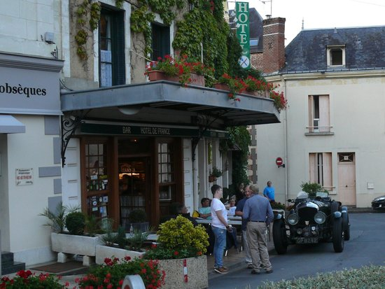 Logis de France Hotel : Classic Le Mans weekend brings some special guests