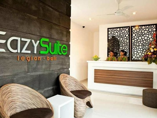 Eazy Suite : Lobby