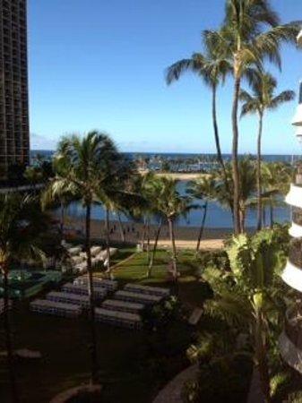 Hilton Grand Vacations at Hilton Hawaiian Village: Lagoon Tower - setting up for a luau