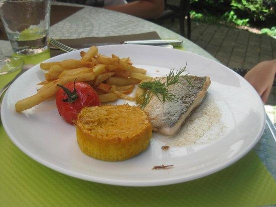 Le Bilboquet : Childs Menu with fresh fish fillet