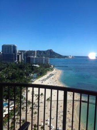 Hilton Hawaiian Village Waikiki Beach Resort: Rainbow Tower - corner oceanfront