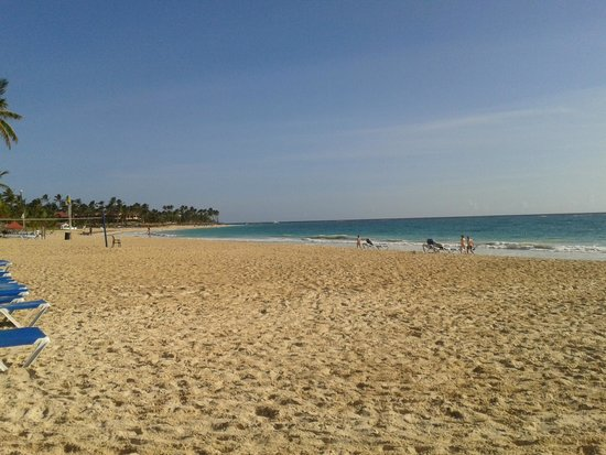 Tropical Princess Beach Resort & Spa : Playa