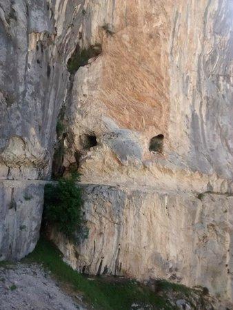 The Cares Gorge : el sendero del cares