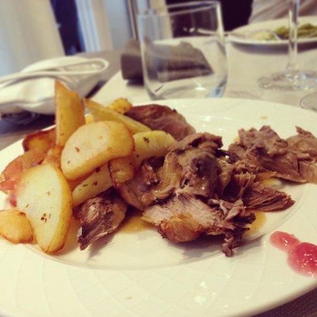 Hotel San Marco: Stinco con patate arrosto