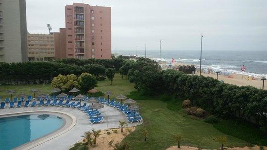 Axis Vermar Conference & Beach Hotel: Vistas desde las habitaciones