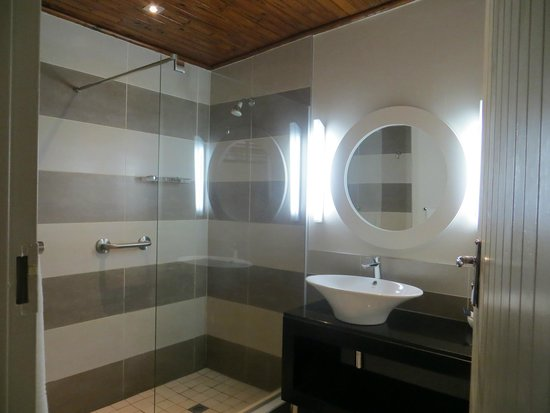 Protea Hotel by Marriott Hazyview: bathroom