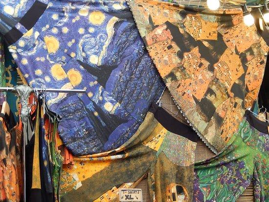 waterlooplein market - gonne con dipinti