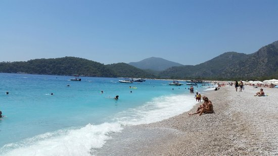 Akdeniz Beach Hotel: The Beach