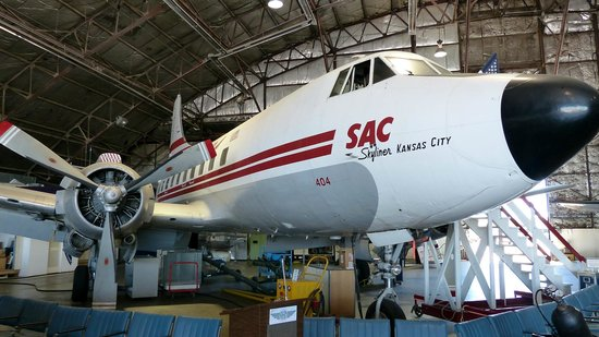 Airline History Museum: Martin 404