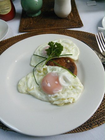 Seas The Day B&B: The egg i requested for done beautifully