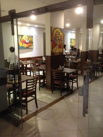 Taroba Hotel: Local onde é servido o café da manhã