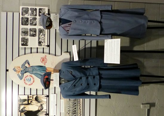 Airline History Museum : uniforms