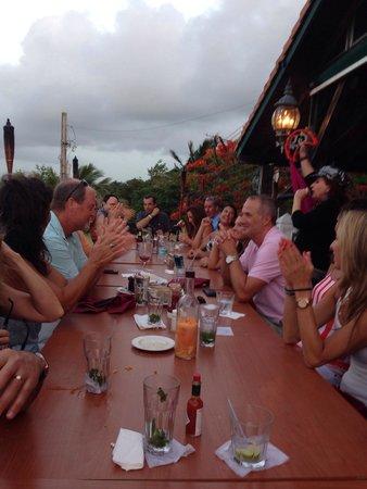 Richie's Cafe: Papa John's crew@ Richie's