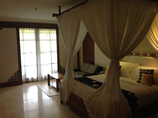 Legian Beach Hotel: main room - deluxe family room