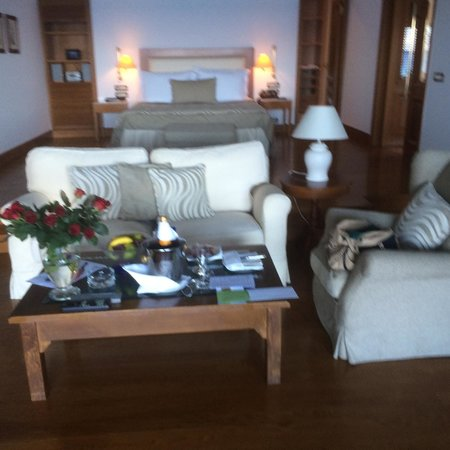 Elounda Beach Hotel & Villas: Our room was big (aprox. 80 sqm) clean and beautiful. It was a pure pleasure to stay in Elounda
