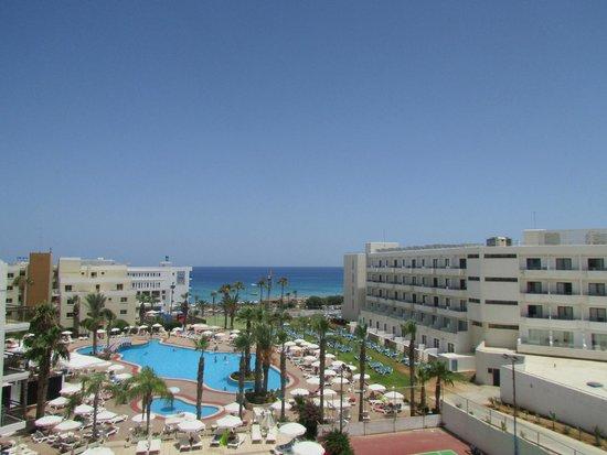 Tsokkos Beach Hotel: вид из номера