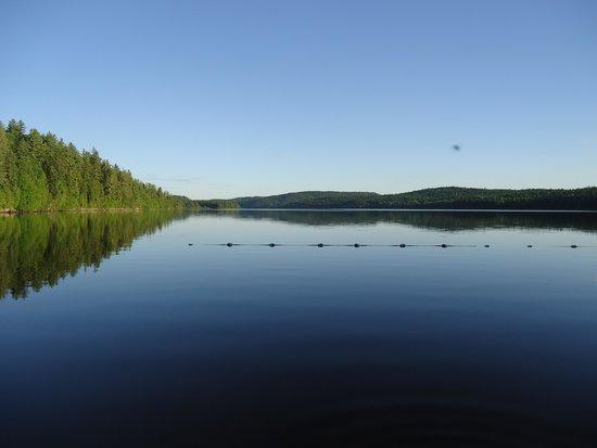 Parc national du Canada de la Mauricie: lake vista