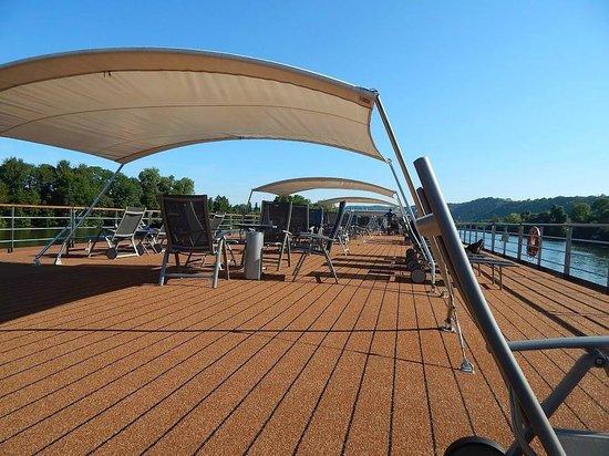 Paris 'Musts' - City Tour, River Seine Cruise and Lunch : Viking Spirit sun deck