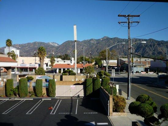 Best Western Pasadena Inn : View from hotel