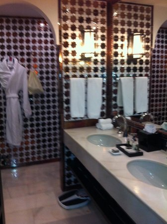 Hotel Alfonso XIII, A Luxury Collection Hotel, Seville: En suite