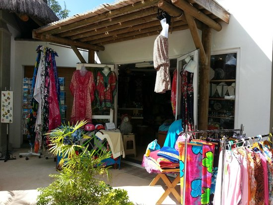 Emeraude Beach Attitude: Shop